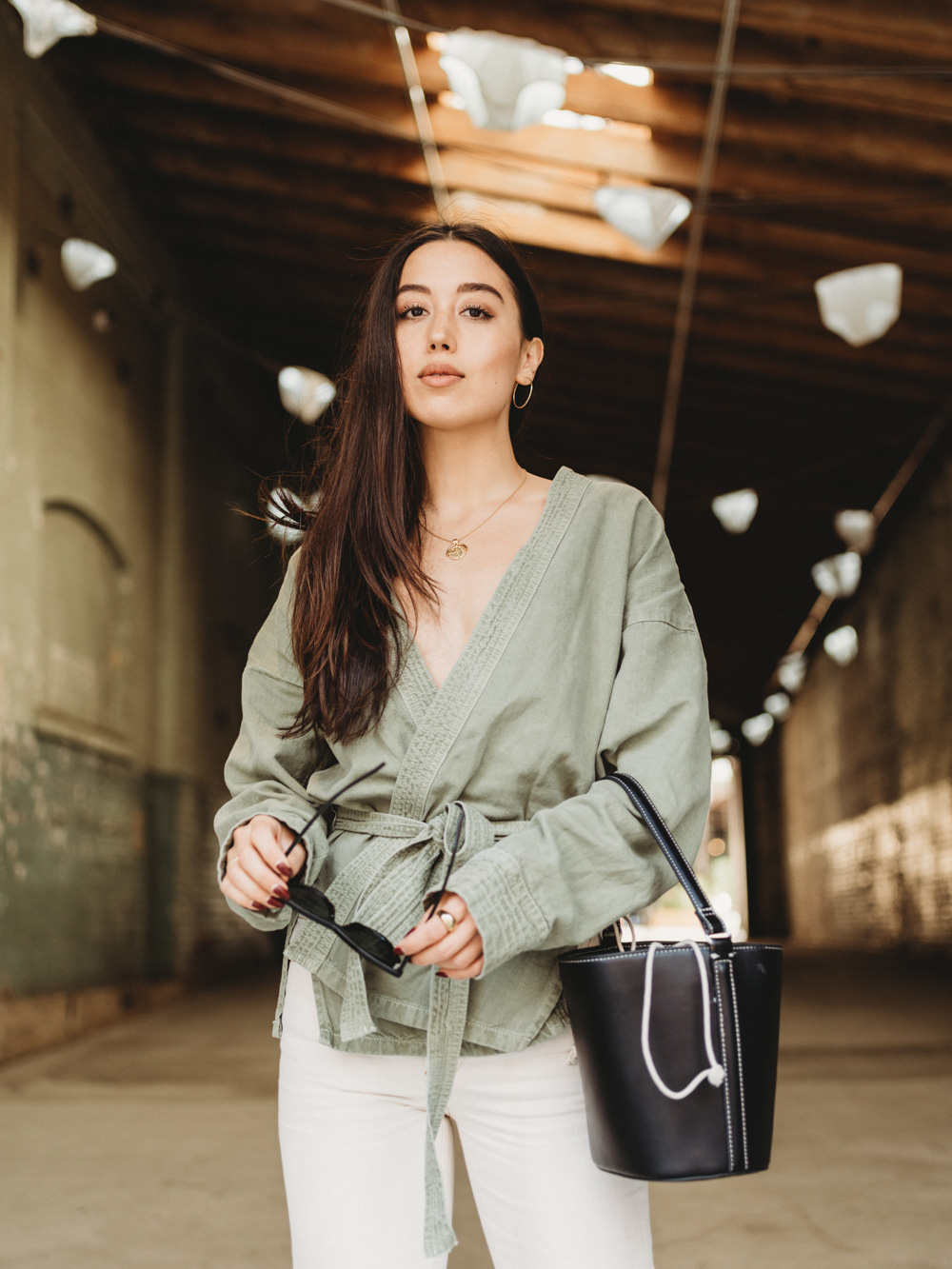 LOVE OR MONEY by Emily Tong wearing zara kimono jacket white flare jeans and snakeskin boots
