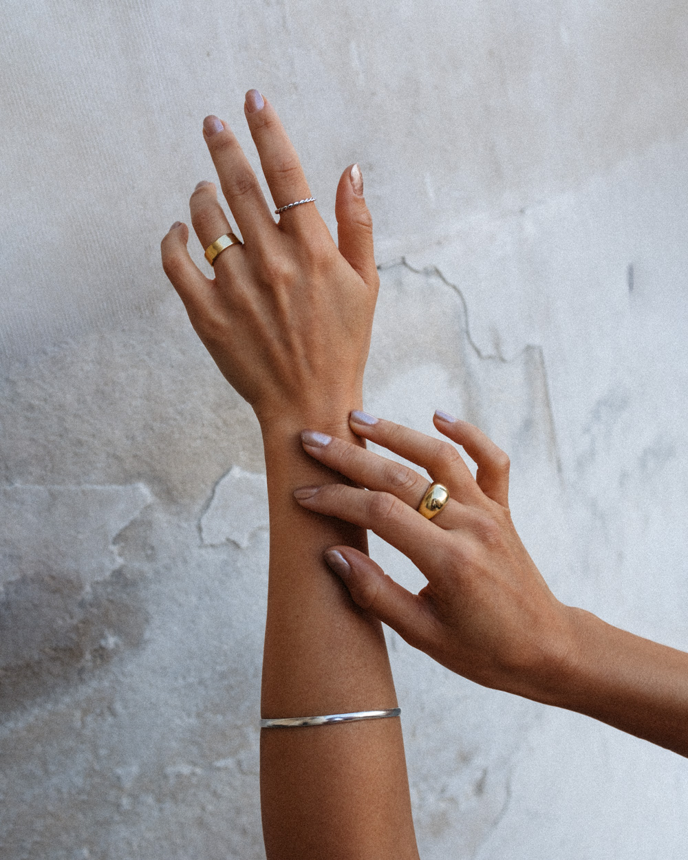 LOVE OR MONEY by Emily Tong Wearing AU-Rate Rings And Summer Jewelry