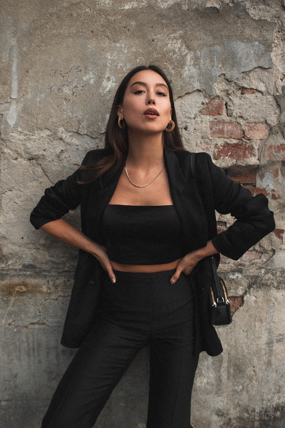 LOVE OR MONEY blog by Emily Tong wearing Closed Blazer and Vintage silk pants